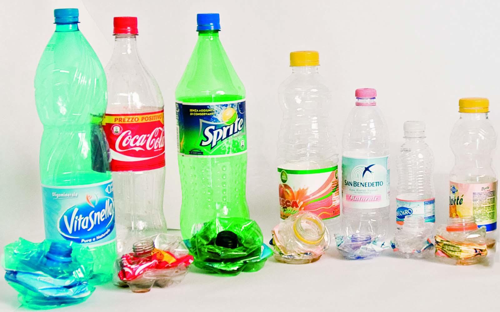 Lampade Con Bottiglie Di Plastica ~ Tutto su ispirazione design casa